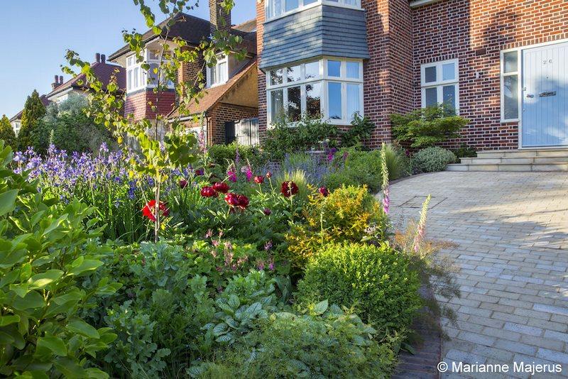 Jardín delantero en el norte de Londres