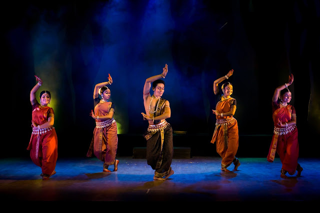 Noted Odissi Danseuse Sharmila Mukerjee and her troupe Sanjali present 'Sookshma'