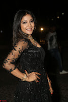 Sakshi Agarwal looks stunning in all black gown at 64th Jio Filmfare Awards South ~  Exclusive 143.JPG