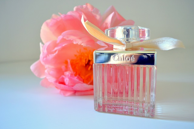 profumi donna come scegliere un profumo e trovare il proprio tra i profumi freschi estivi femminili; chloé fleurs de parfum