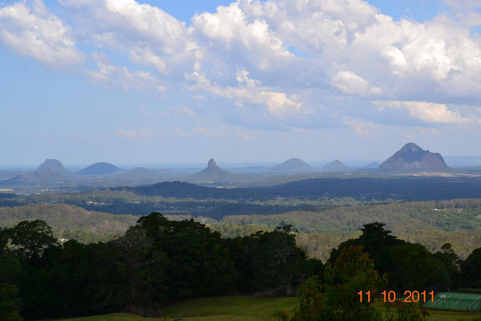 Jaded Nomad – RV ADVENTURE: Glass House Mountains