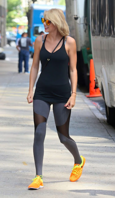 Taylor Swift in Tights headed to the gym in New York City