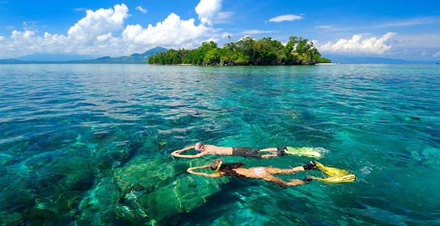 Keindahan Wisata Pulau Siladen di Manado, Pantai Berpasir Putih