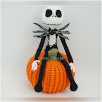 http://amigurumislandia.blogspot.com.ar/2018/11/amigurumi-jack-skeleton-canal-crochet.html