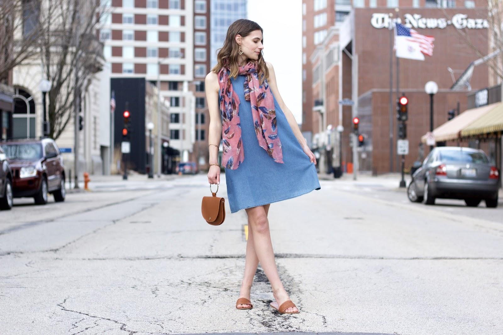 Women's Sleeveless Denim Dress