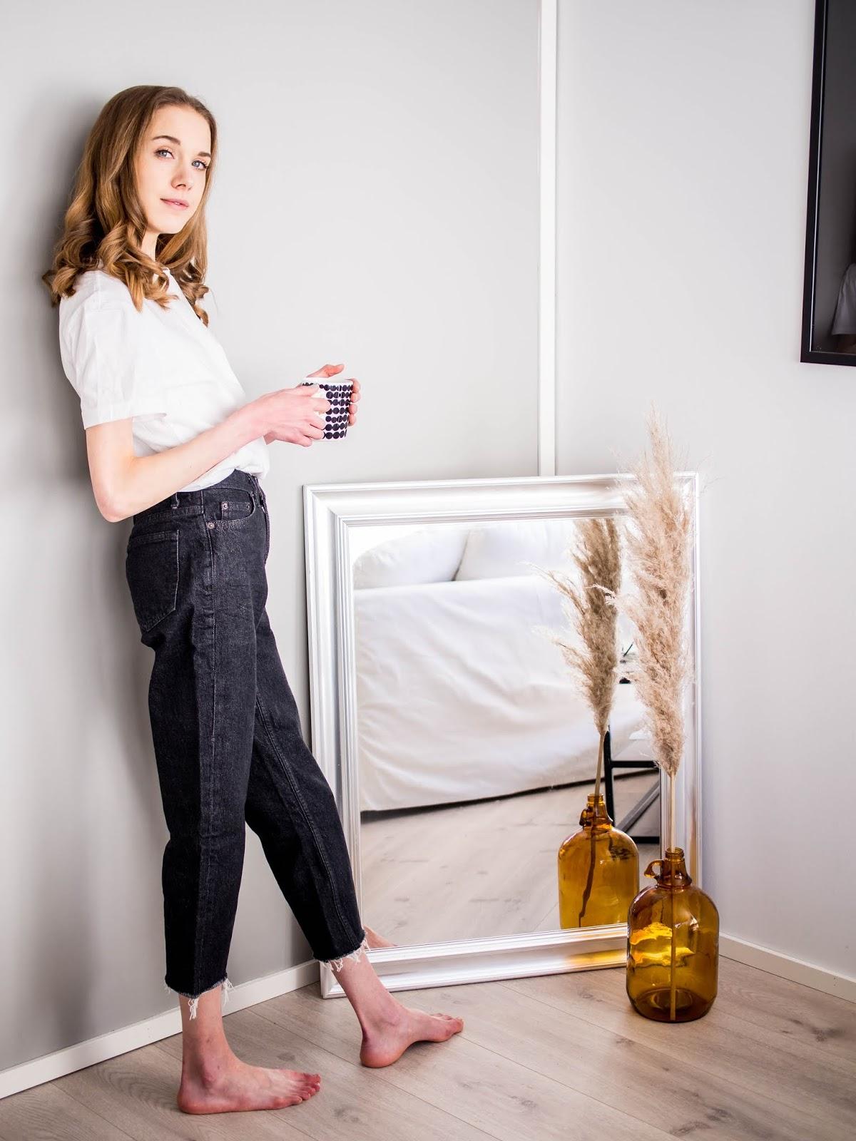 Topshop dark wash straight leg raw hem jeans - Topshop tummat farkut suorilla vajaamittaisilla lahkeilla