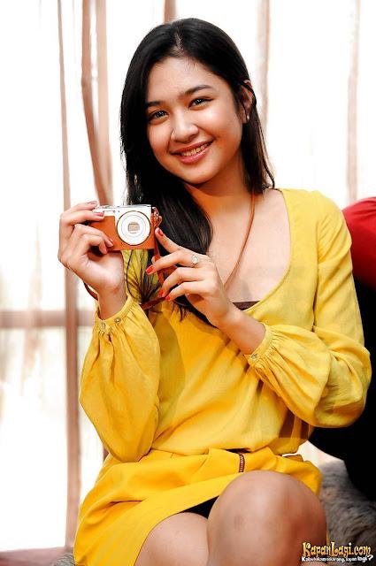 Biodata dan Profil Artis Mikha Tambayong