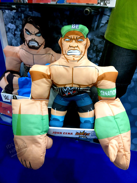 UK Toy Fair 2019 TOMY WWE Blitz Brawlers 01