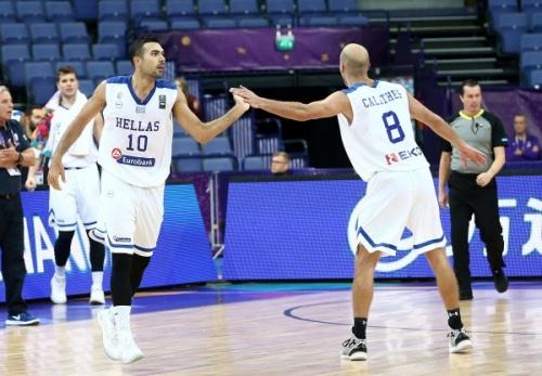 Ευρωμπάσκετ 2017: Η 100η νίκη και τα ρεκόρ Σλούκα - Καλάθη και τα highlights (vid) του αγώνα Ελλάδα-Πολωνία 95-77