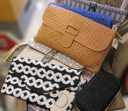 Carteras y bolsos de mano de Donatzelli y otras marcas