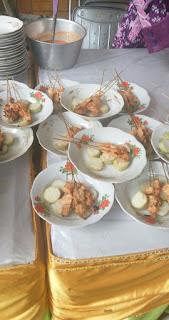 Sate Rembang,Sate Serepeh, Lontong Sate Serepeh