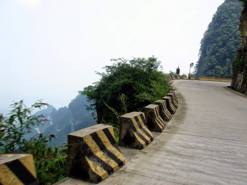 Heaven Linking Road, Tianmen Mountain | The Road of 99 Turns, China
