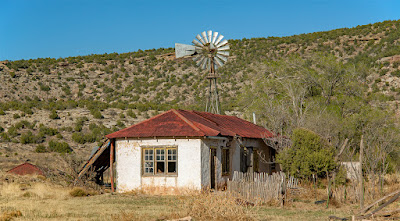 abandoned homestead Trementina new mexico