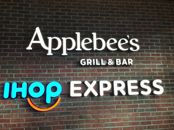 Restaurant Review: Applebee's & IHOP Combo Restaurant