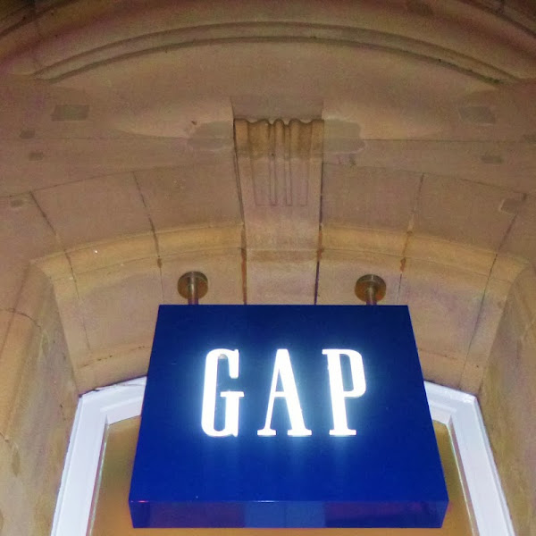 Gap Manchester 'Back to Blue' Blogger Style Challenge