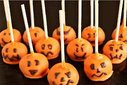 Pumpkin Cake Pops for Halloween Party