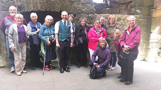 harp tour group at linlithgow palace