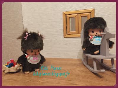 Jouet en bois pour kiki monchhichi ou bebichhichi. Chariot de cubes en bois miniature - handmade