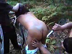 Perkosaan ABG Nakal Diperkosa di Hutan
