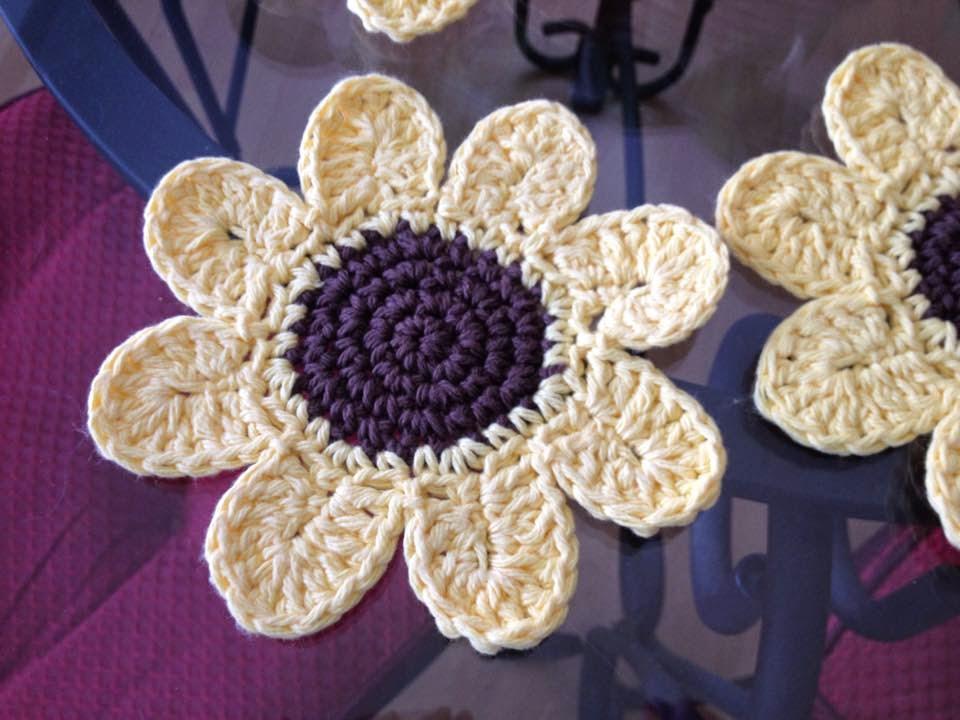 Free Crochet Daisy Coaster Pattern : ergahandmade: Crochet Sunflower Coasters + Free Pattern