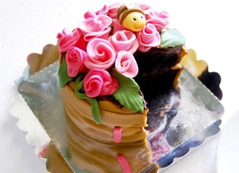 contoh kue bentuk pot bunga