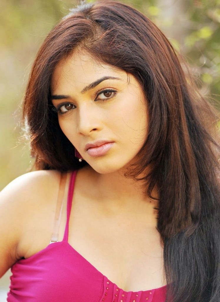 South Indian Actress Rithika Hot Pictures | Tamil Actress ...