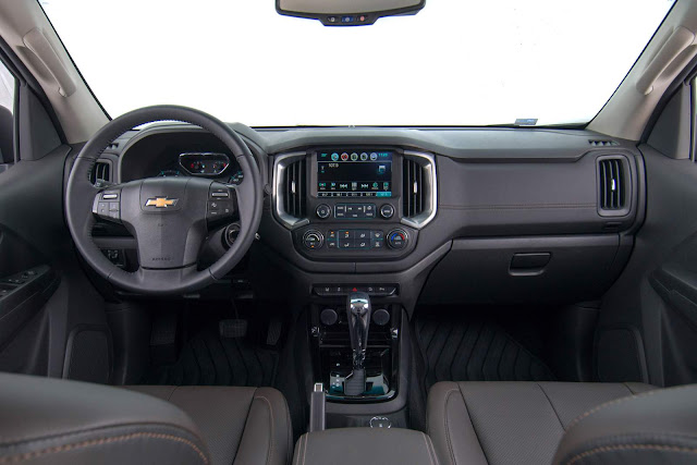 Nova Chevrolet S-10 2017 - interior