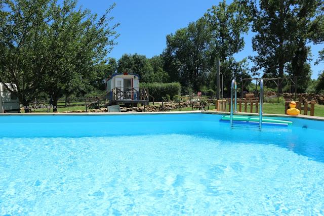 Pipowagen vakantie in Frankrijk, frankrijk bourgogne, op vakantie in frankrijk, leuke vakantie voor kinderen in frankrijk, boek je vakantie, bourgogne vakantie, vakantie paradijs frankrijk, zwembad op camping frankrijk