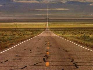 U.S. Route 50 - Dikenali sebagai jalan yang paling sunyi dan menakutkan.