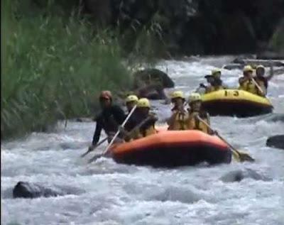 Telaga Waja Rafting Bersama Sobek