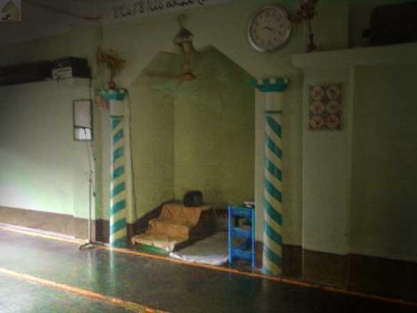 hukum mihrab masjid