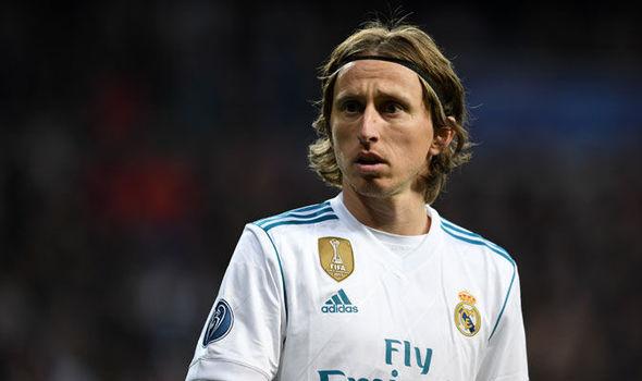 Tìm người thay Luka Modric, Real Madrid nhắm cùng lúc 3 cái tên