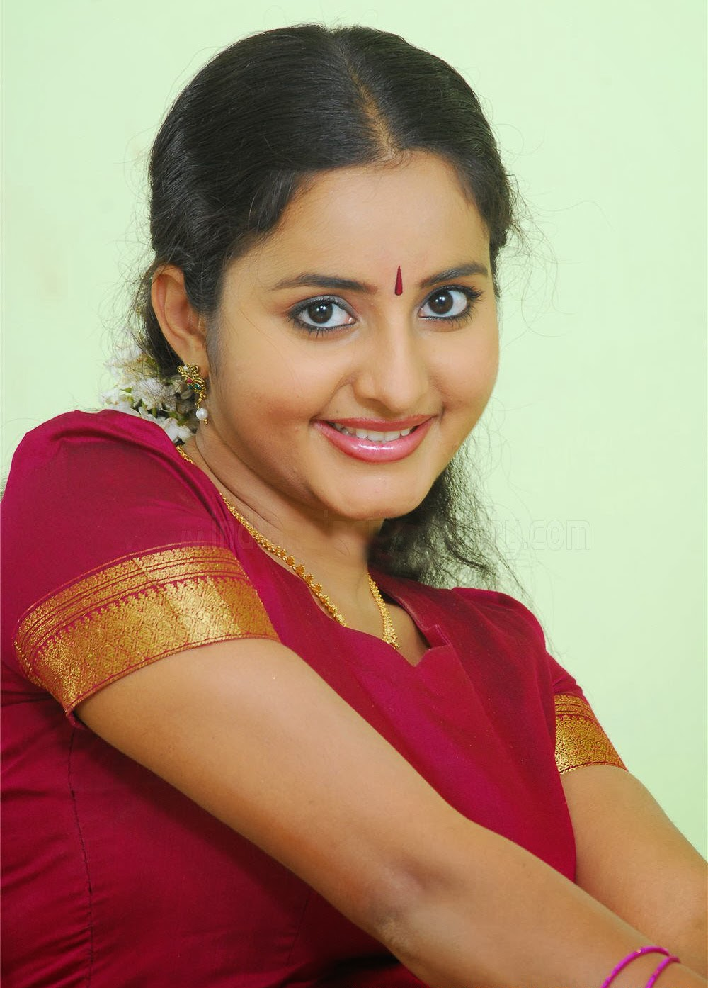 Bhama Photos, Bhama Images, Wallpapers, Pictures  Actress -1270