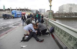 Λονδίνο: Τέσσερις οι νεκροί  20 τραυματίες σε διπλή επίθεση