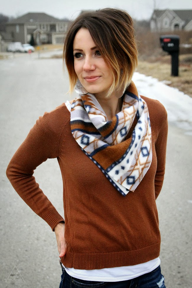 10 Minute Bandanna Scarf Tutorial