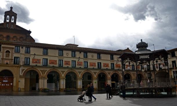 Plaza de los fueros, Tudela. Viaja et verba