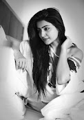 Actress Avanthika sizzling photo shoot-thumbnail-8