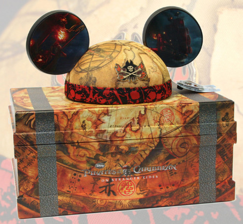 Disney Doppelgangers Pirates Edition: Disney At Heart: Pirates Of The Caribbean Mickey Ears