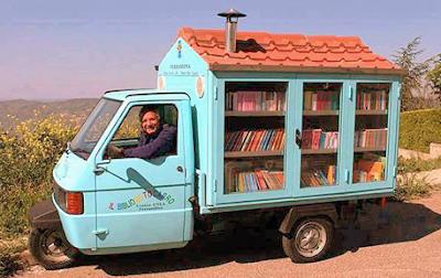 Bibliomotocarro di Antonio La Cava