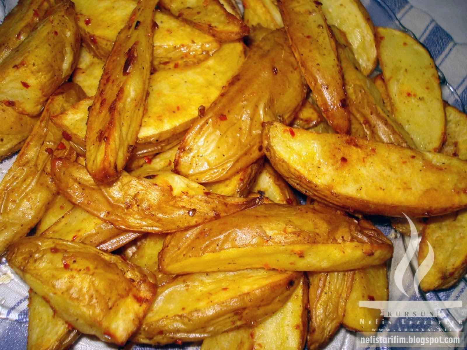 Fırında Elma Dilim Patates Nasıl Yapılır