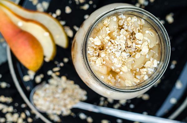 Pear & Cinnamon Overnight Oats saisonales und leckeres Frühstück