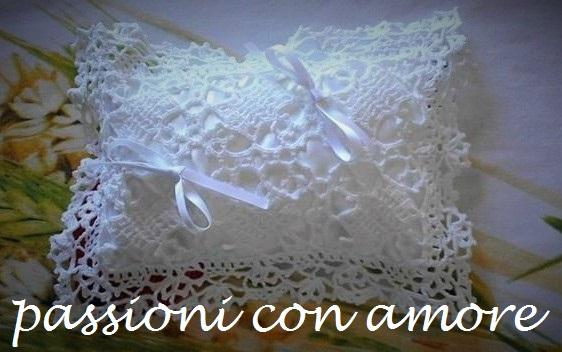 Passioni Con Amore Cuscino Bianco Portafedi Matrimonio Alluncinetto