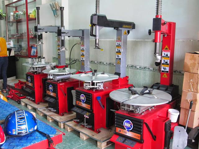 Mua máy tháo vỏ - máy tháo lắp lốp ở đâu tốt ?