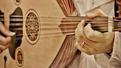 تعلم النوتة بالحروف مع عزف اغنية - مالك يا حلوة مالك - على العود للمبتدئين بالتفصيل