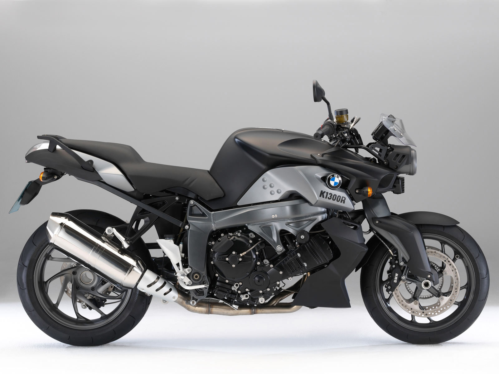 all about ducati motorcycle pictures collection 2010 bmw k 1300 r. Black Bedroom Furniture Sets. Home Design Ideas