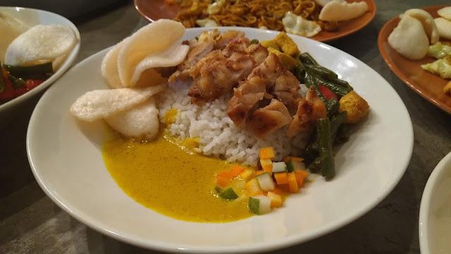 Ayam Kari Kuning