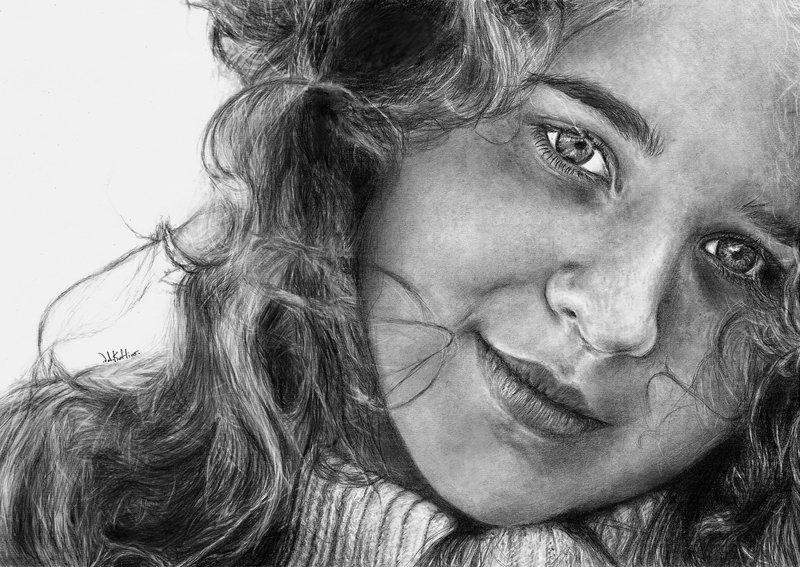 06-Evelyn-Valerie-Kotliar-Celebrities-and-Unknown-Immortalised-in-Realistic-Drawings-www-designstack-co
