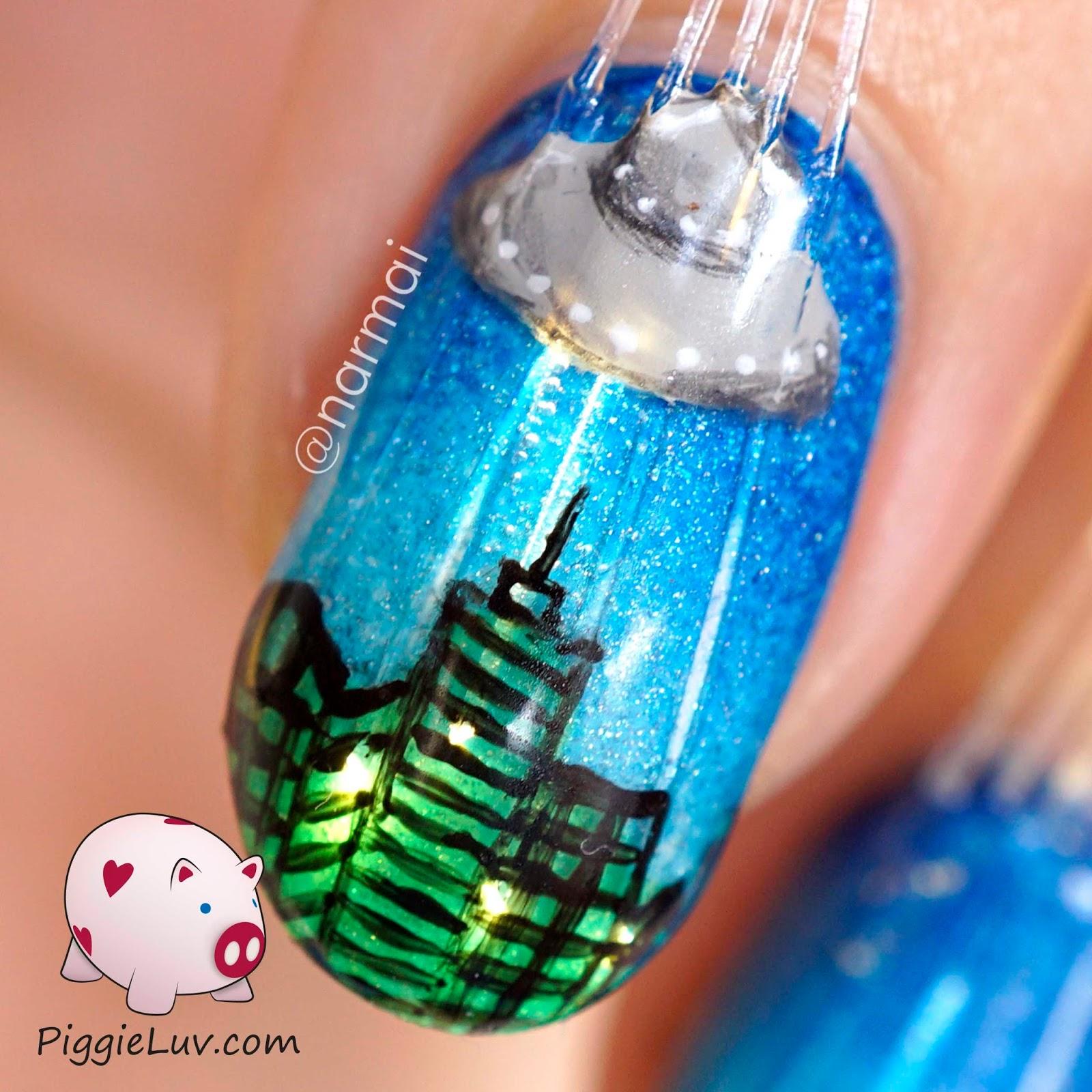 PiggieLuv: Fiber optics alien attack nail art