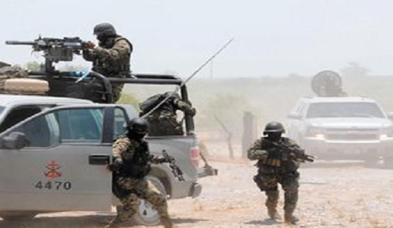 """Los comandos de la muerte en """"La Guerra de Los Zetas"""", los 11 militares masacrados, los 12 policías cazados y la muerte del Alcalde"""