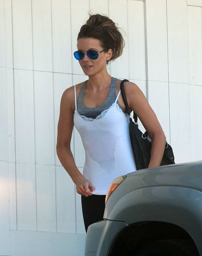Kate Beckinsale – Leaving the Gym in Los Angeles